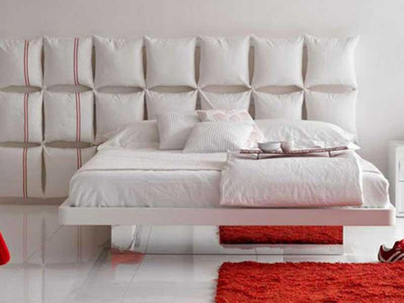 Изголовье для кровати из подушек своими руками